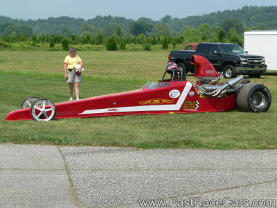 Red DRAGSTER
